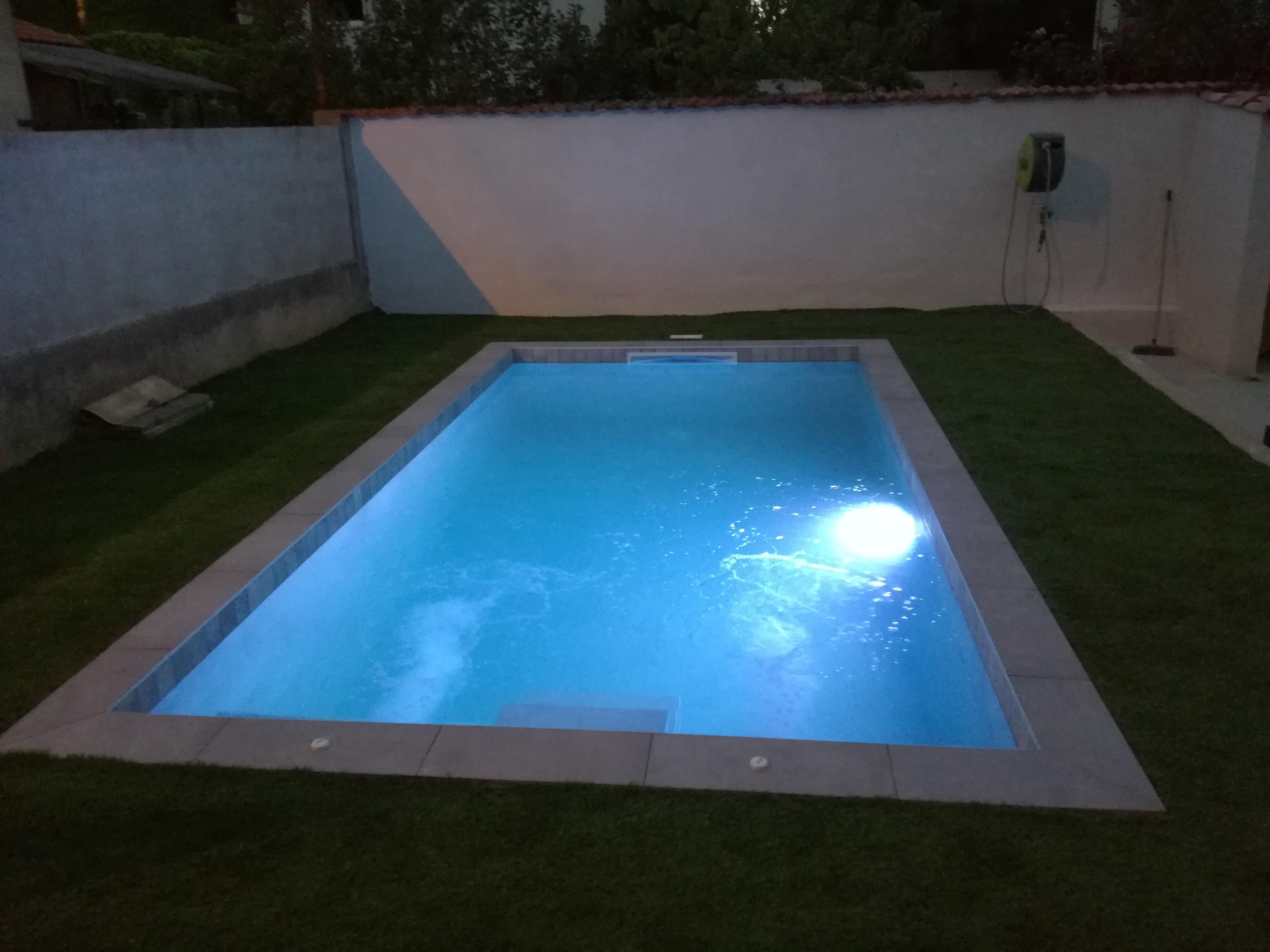 Constructeur De Piscine Montpellier piscine contemporaine pisciniste constructeur concepteur à